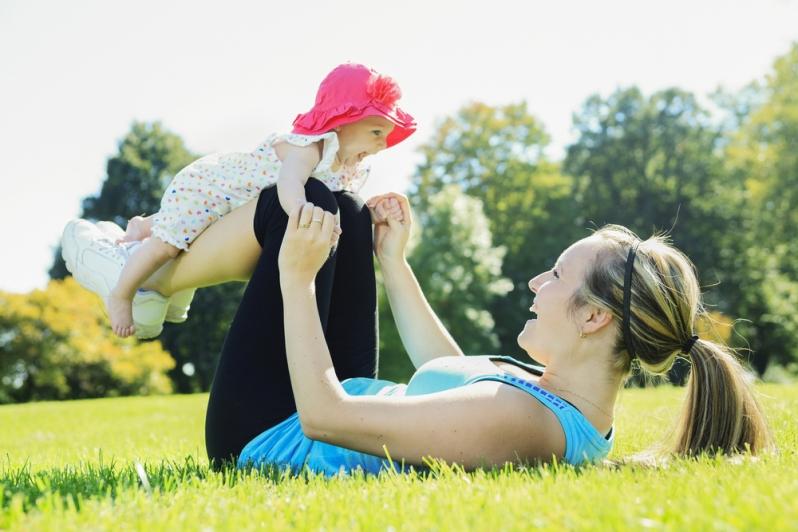 mum with baby[4]